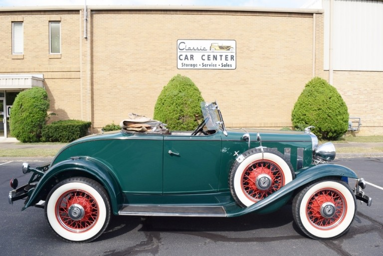 1932-Chevy-Roadster-23